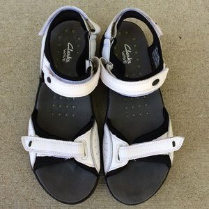 Clarks Wave Women's Sandals